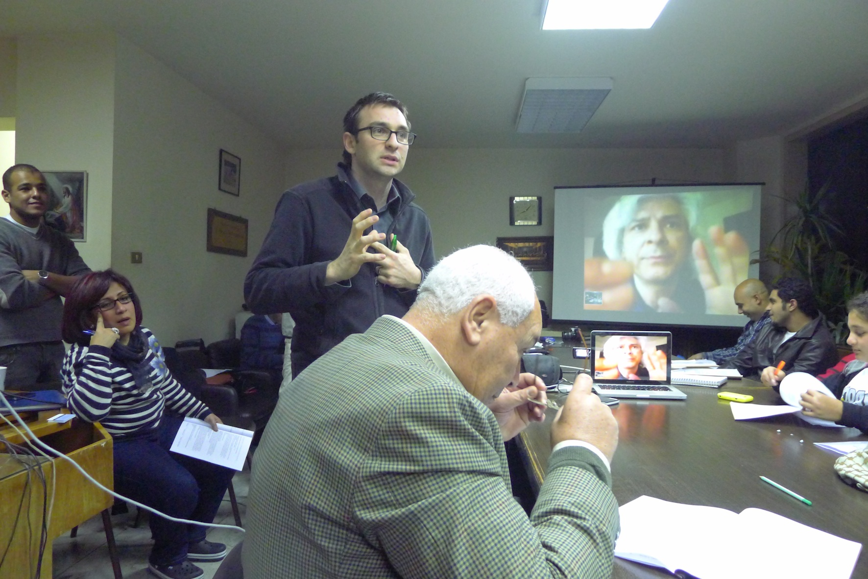 Vannier and Trujillo during the training of volunteers.