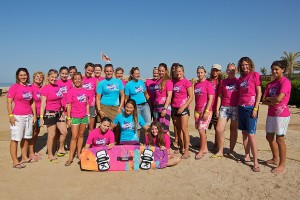 Kiteboarding girls in Gouna - Photo by Dave Cooper