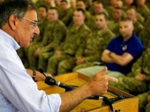 US Secretary of Defense Leon Panetta had strong words on Iran's threats to close the Strait of Hormuz (photo: AFP)