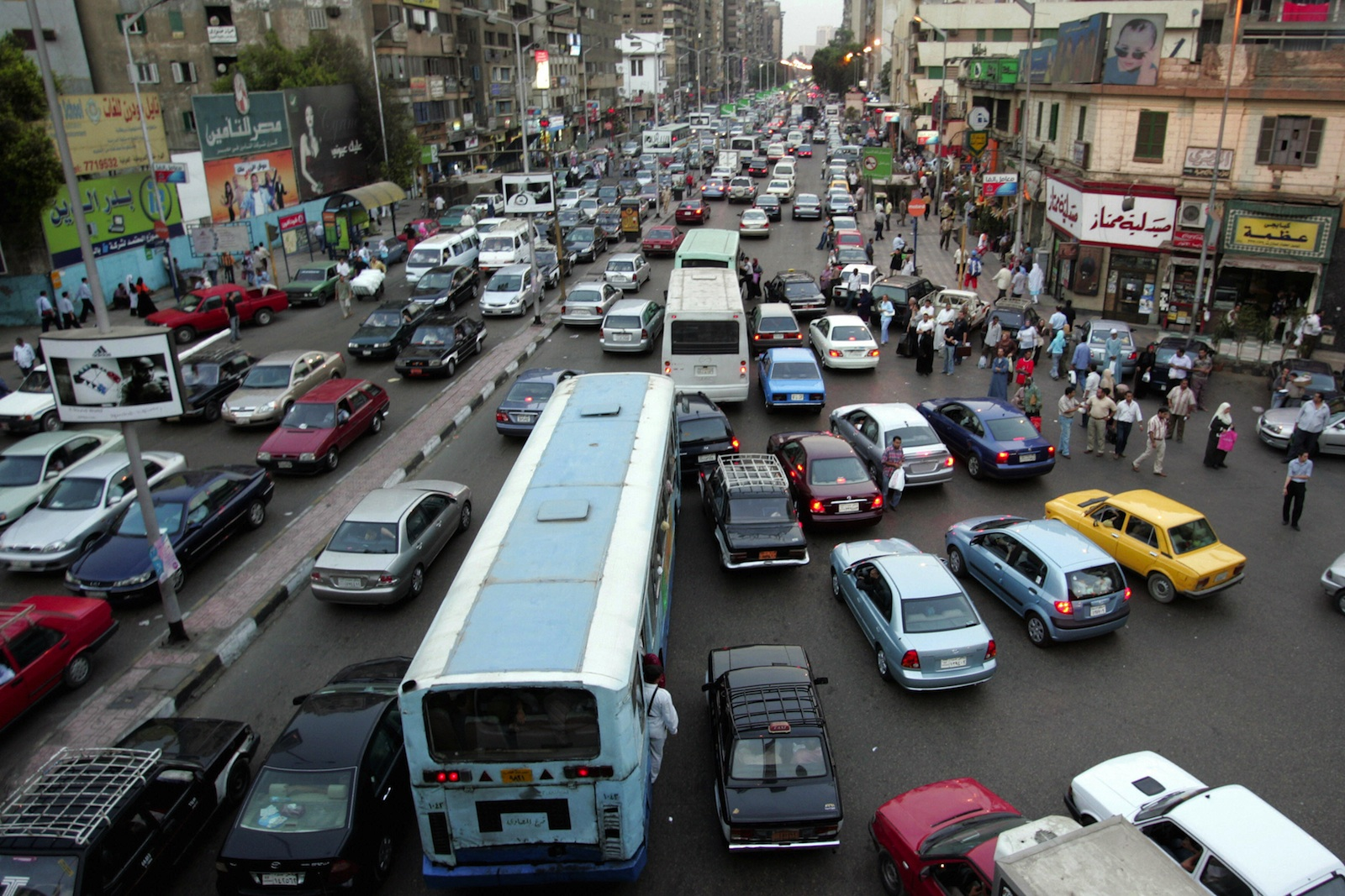 Cairo receives 290 natural gas-fuelled buses - Daily News Egypt