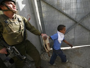 Soldiers who served in the Israeli Army between 2005 and 2011 have discussed their treatment of Palestinians in a 72 page report released by an organisation called Breaking the Silence on Sunday (File photo) AFP PHOTO / GALI TIBBON