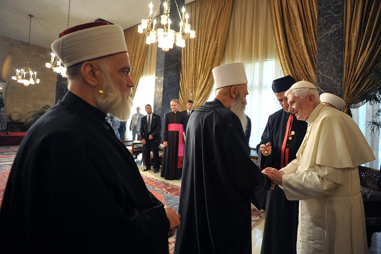 Pope Benedict XVI greeting Muslim clerics during his visit with Lebanese President Michel Suleiman at the Baabda presidential palace AFP PHOTO / OSSERVATORE ROMANO
