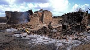 House in Chamwanamuma village destroyed in fighting between the Orma and Pokomo tribes AFP PHOTO / Carl de Souza