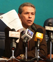 Tawfiq Okasha speaks to the media during a press conference. (Photo by Mohamed Omar)