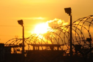 "The Sun rises over the US detention center ""Camp Delta"" at the US Naval Base in Guantanamo Bay, Cuba (AFP PHOTO / MICHELLE SHEPHARD / TORONTO STAR / POOL )"