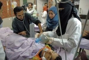 Doctors insist on providing patients with free treatment inside the internal departments of the hospitals. (AFP Photo)