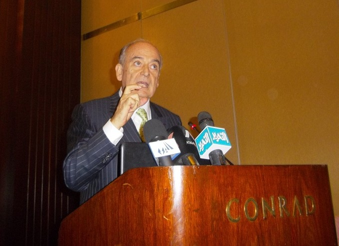 President of the Italian Association for Cooperation and Friendship with Egypt, Ambassador Antonio Badini, addressing attendees of Monday's press conference (Photo by Mohamed El-Bahrawy)