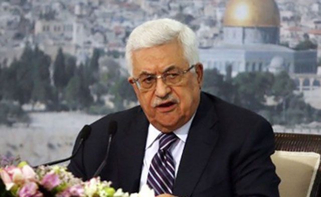 Palestinian president Mahmud Abbas Tuesday called on the international community to intervene urgently in support of the hunger-striking prisoners, singling out four detainees in need of special attention. (File Photo) (AFP PHOTO)
