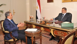 Mohamed Morsy meets Hamdeen Sabahi Courtesy of the presidential office