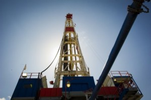 A Consol Energy horizontal gas drilling rig explores the Marcellus Shale outside the town of Waynesburg, PA on April 13. A spike in shale oil and gas production is revolutionising the energy sector and risks weighing on prices of conventional crude, according to industry experts. (AFP PHOTO)