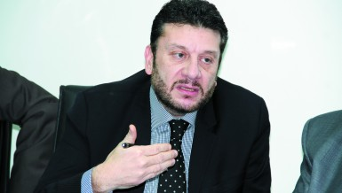 Deputy minister of finance for tax policies, Amr El-Mounir