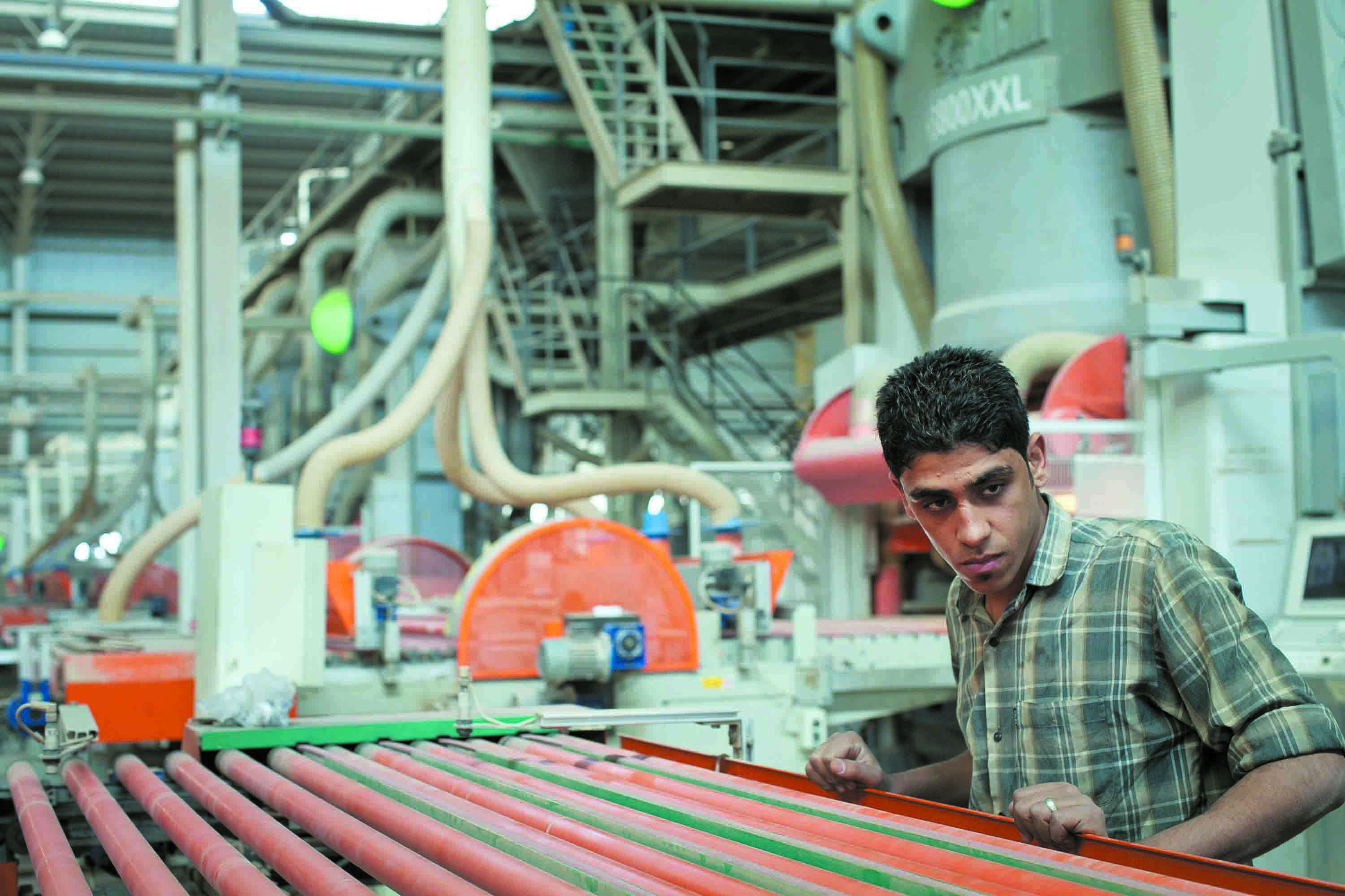 Restoring industry to its original activity has remained a goal of Egypt's rulers since the January revolution (AlBorsa Photo)