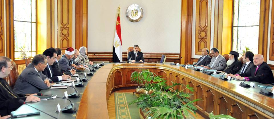 Egyptian presidency on August 6, 2013, shows Egypt's Vice President Mohamed ElBaradei holding talks with the US Senator John McCain on Tuesday