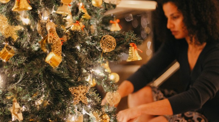 Deana Shaaban And Fairmont Nile City Redefine Christmas With Fashion Daily News Egypt