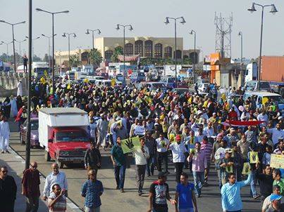 The Suez pro-Morsi march diverted its route  to avoid potential clashes (Photo by Hassan Ghoneima)