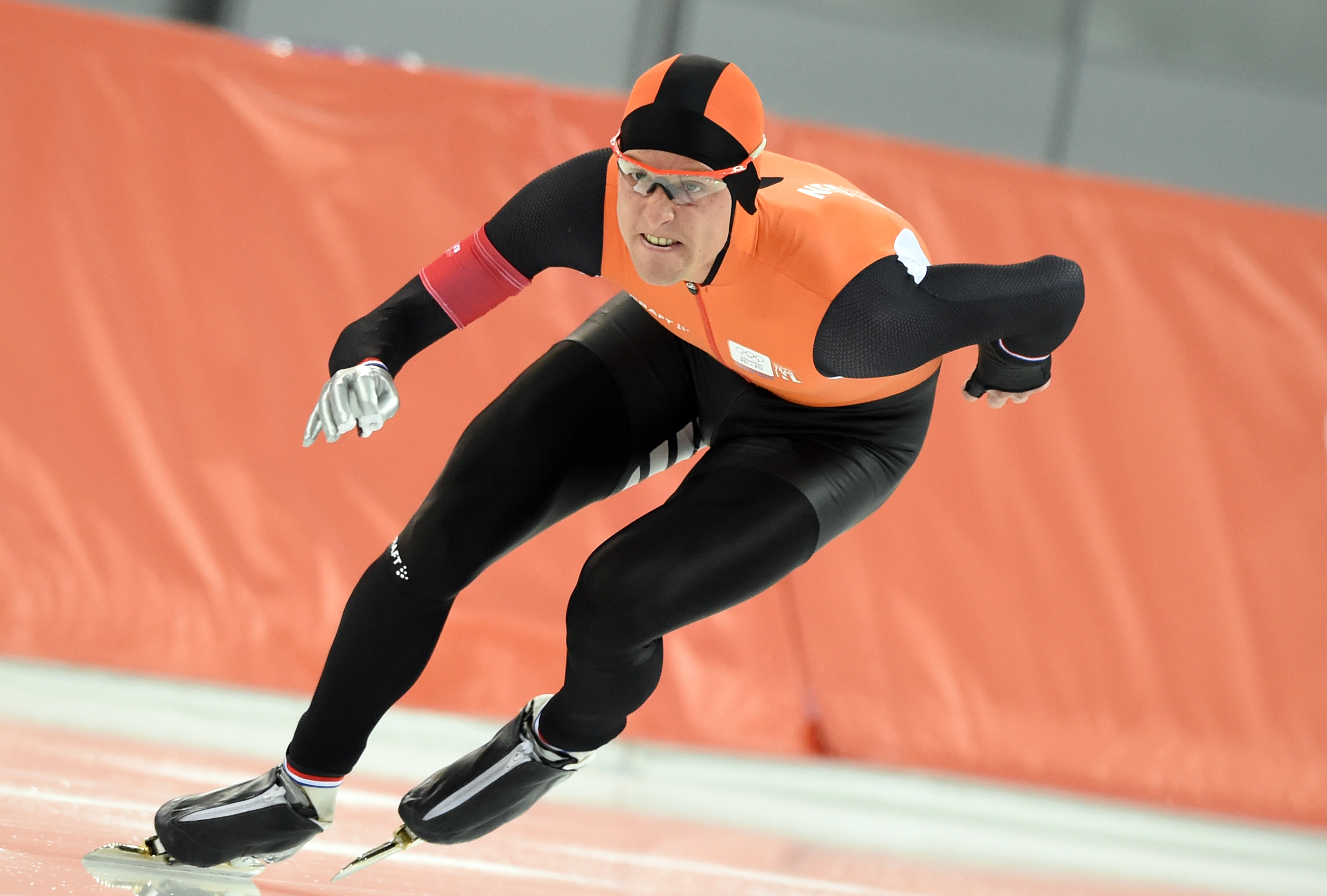 TOPSHOTSNetherlands' Ronald Mulder competes during the Men's Speed Skating 500 m at the Adler Arena during the Sochi Winter Olympics on February 10, 2014.          (AFP PHOTO / ANDREJ ISAKOVIC)