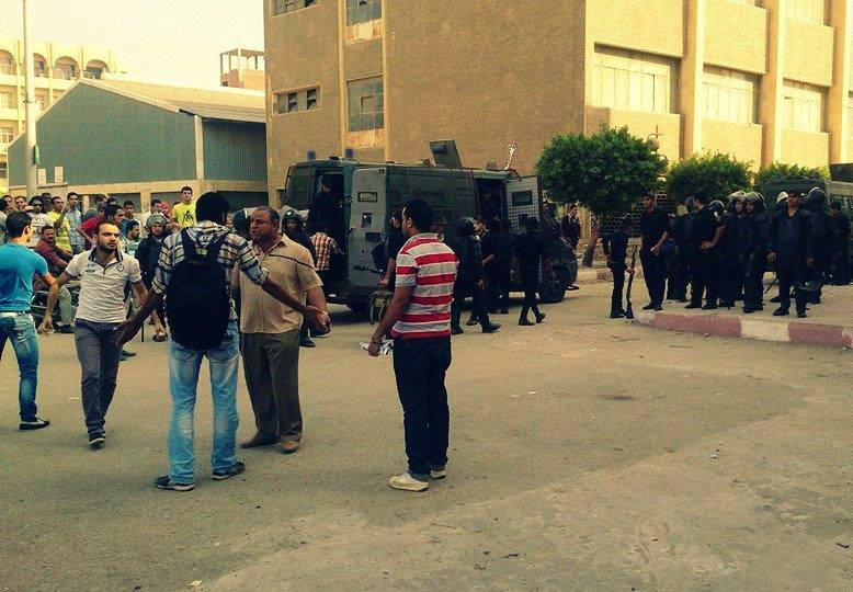 Police forces stormed Zagazig University campus on Saturday upon the university chairman's request after a group of students held a strike in the Faculty of Engineering (Photo Courtesy of the Association for Freedom of Thought and Expression)