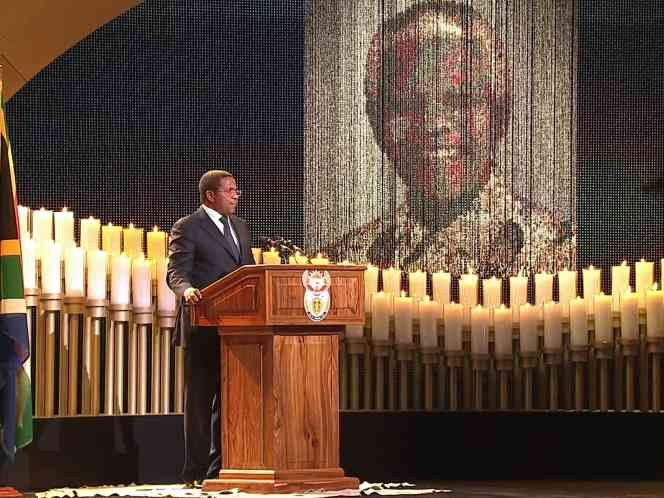 A screengrab taken from the South African Broadcasting Corporation live feed shows Tanzania's President Jakaya Kikwete speaking during the funeral service of late South African President Nelson Mandela in his childhood village of Qunu on 15 December  (AFP File Photo)