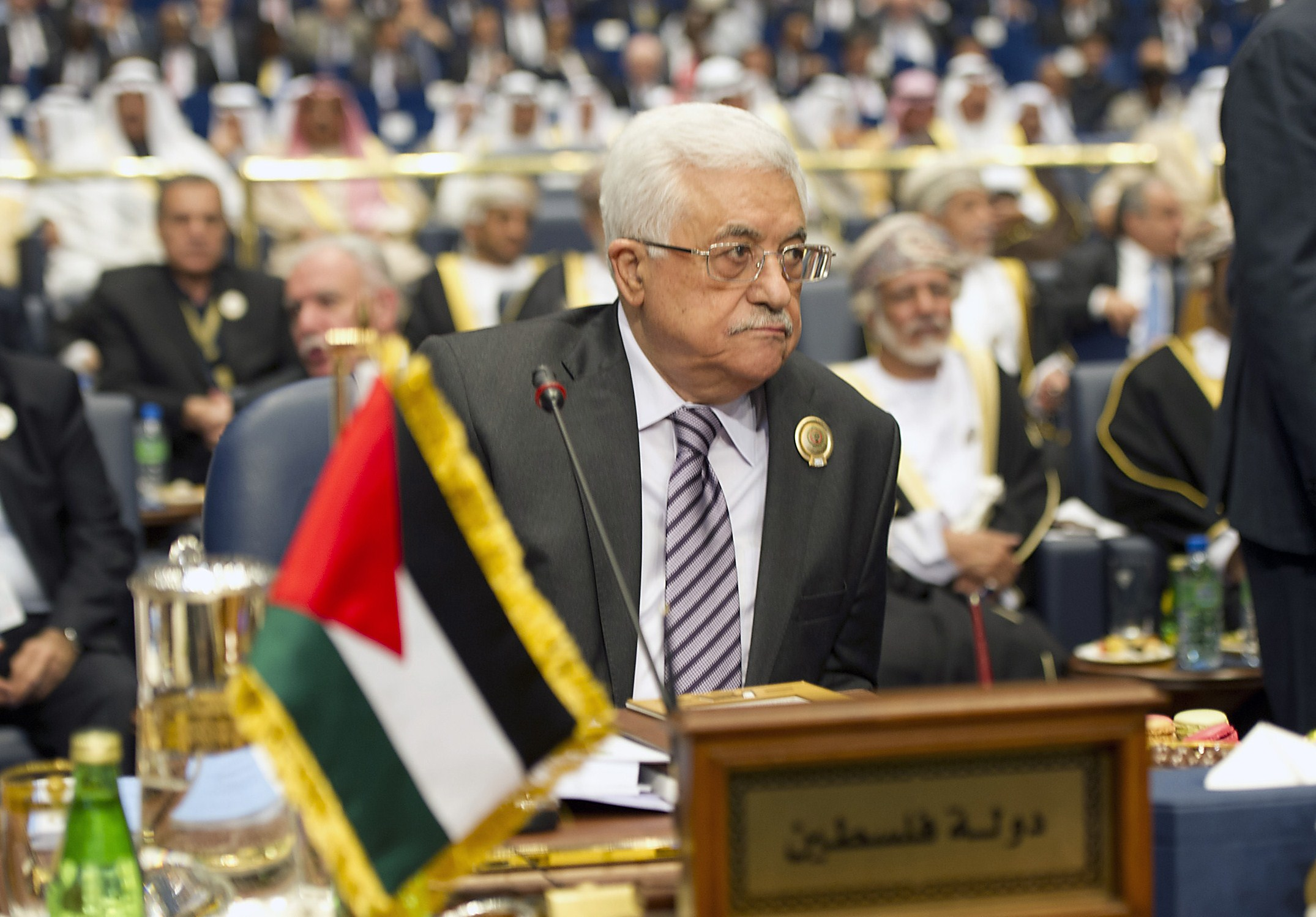 Palestinian leader Mahmud Abbas attends the 25th Arab League summit, held for the first time in Kuwait City, on March 25, 2014. Arab leaders meeting in Kuwait are expected to back a Palestinian refusal to recognise Israel as a Jewish state, an Israeli demand that threatens to derail peace talks.  (AFP PHOTO/YASSER AL-ZAYYAT)