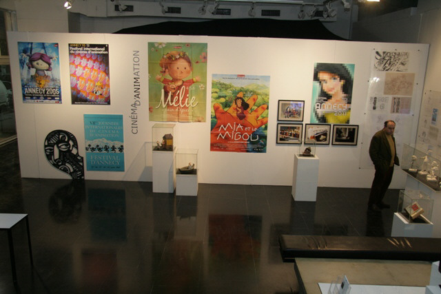 Paintings at the Syrian Culture Festival 2011 (Photo from the Festival's website)