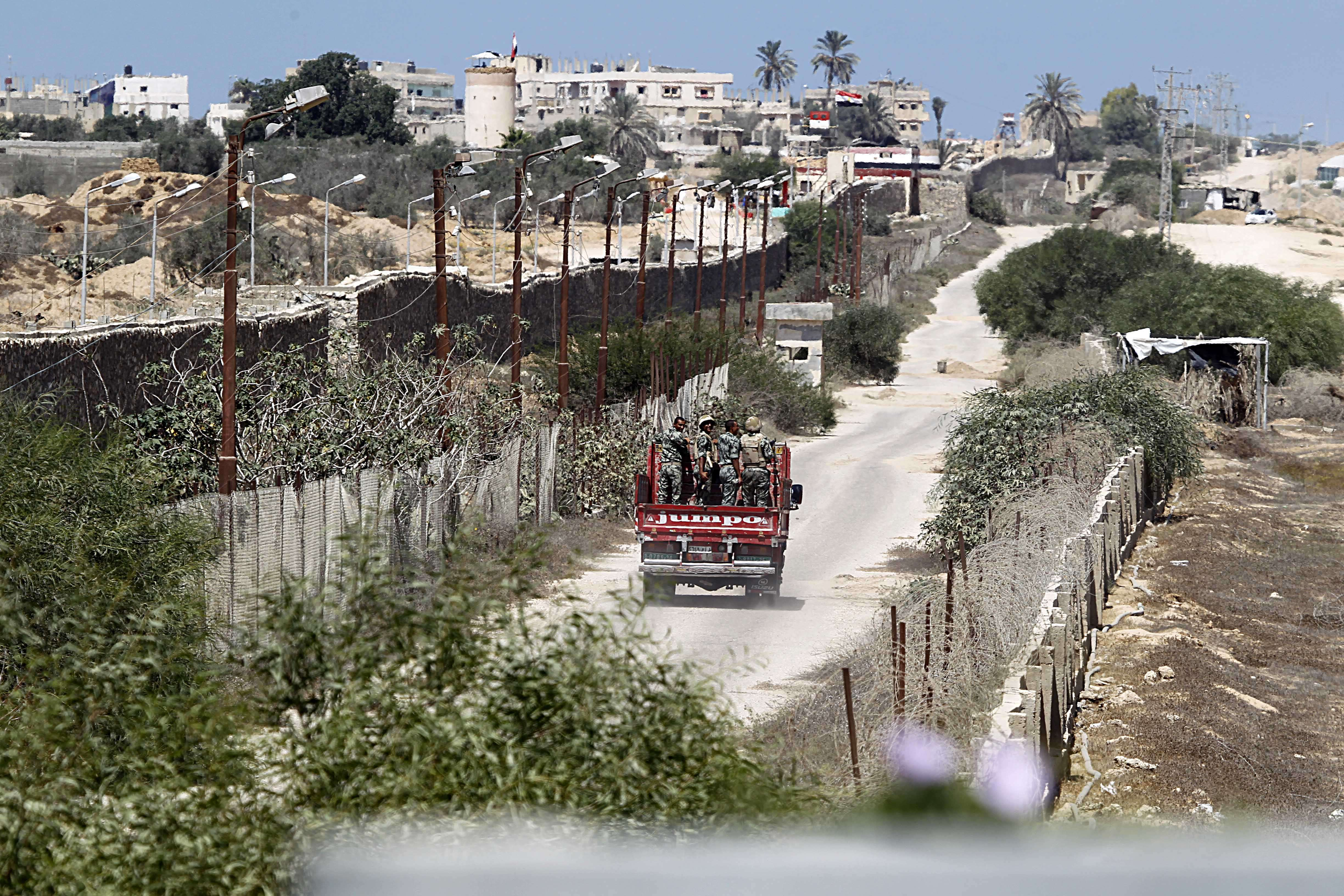 The Egyptian government proceeded Monday with the evacuation of Egypt-Gaza border residents in North Sinai. . (AFP Photo)