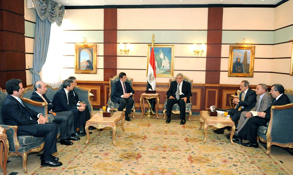 PM Mehleb and Minister Abdel Nour met with Carlo Calenda, Italian Deputy Minister for Economic Development and the Italian delegation  (Photo courtesy of the Egyptian Cabinet)