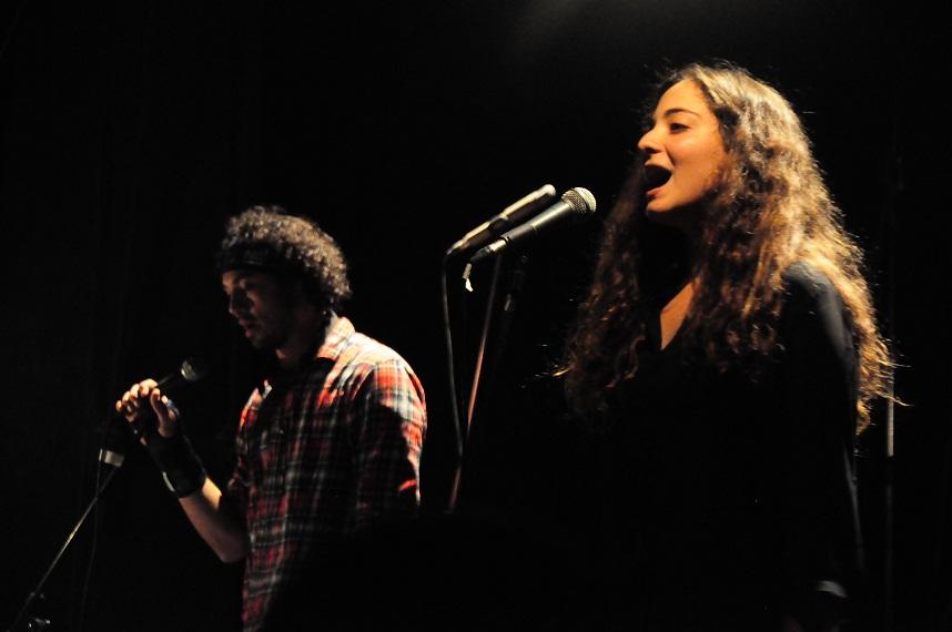 Nada El-Shazly performs Shorbet Rosas (Bullet Soup) in Hal Badeel (Alternative Solution) festival in 2013. (Photo by Marwa Morgan)