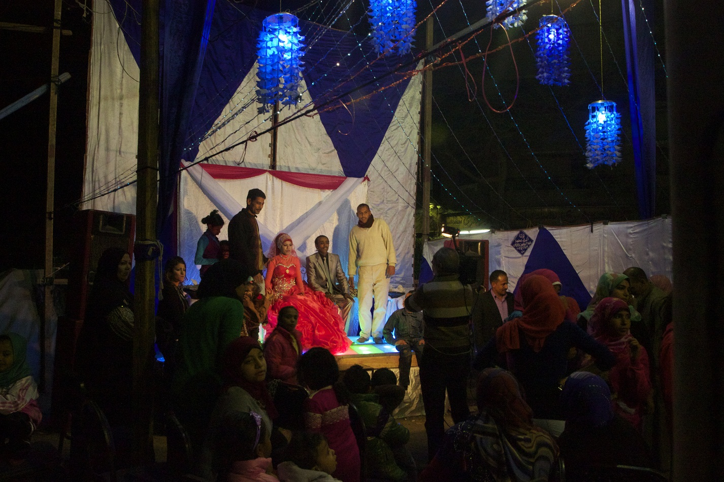 A wedding party in Maadi, Cairo Governorate (Photo by Elizabeth Stuart)