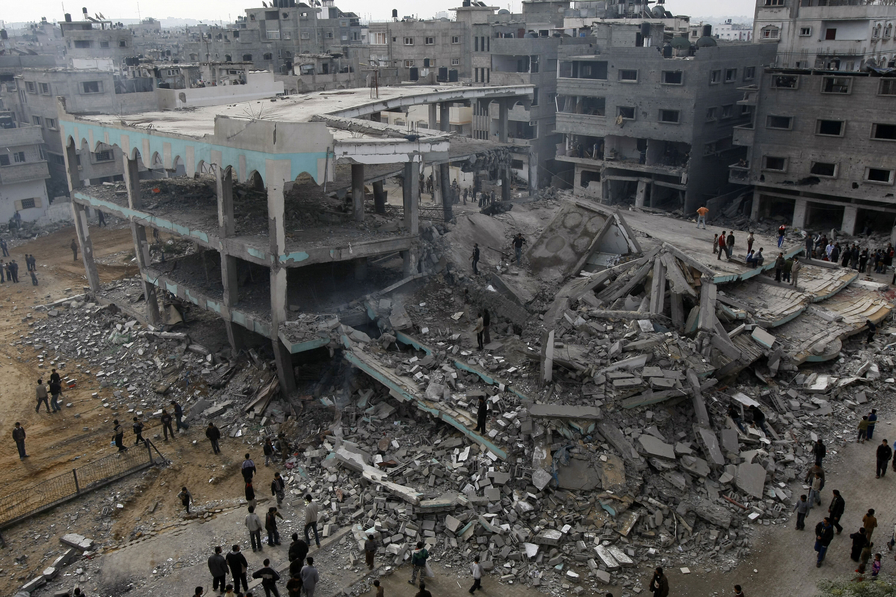 The summer 2014 war between Israel and Hamas resulted in over 2,000 deaths and the destruction of some 7,000 homes in Gaza, according to the United Nations. (AFP File Photo)