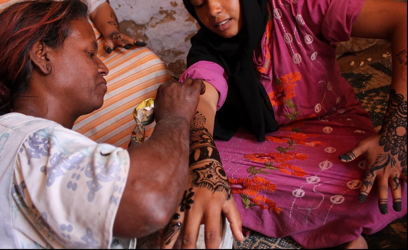 Henna in Aswan is known for its detailed and elaborate designs (Photo by Aurora Ellis)