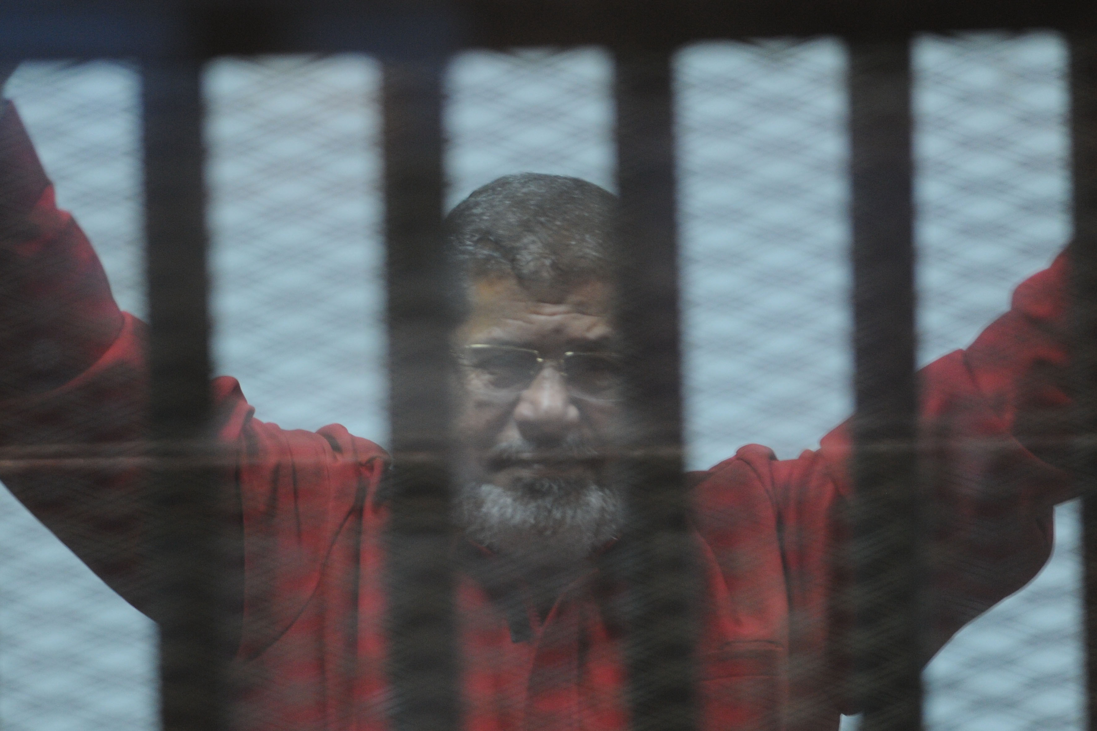 The Cairo Criminal Court submitted the grounds on which former president Mohamed Morsi and five others were handed death sentences. (DNE Photo)