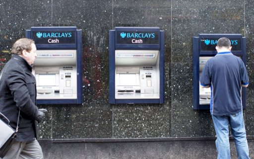 Barclays cash machines in London on February 11, 2013 (AFP/File, Justin Tallis)