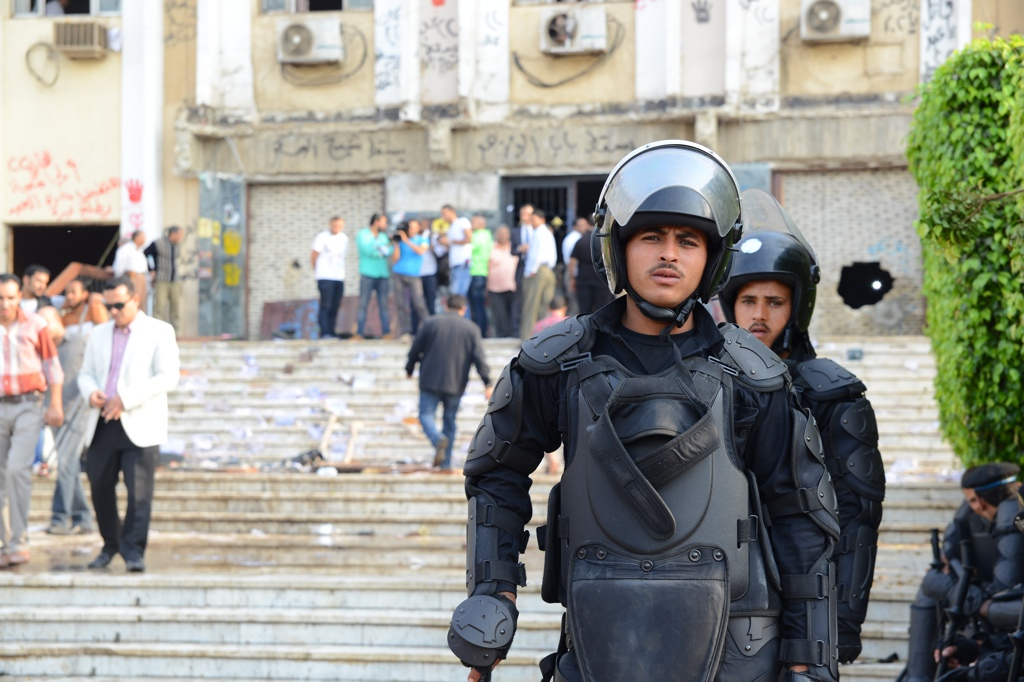 Central Security Forces secure Al Azhar University after clashes erupted on 30 October (Photo by Aaron T. Rose)