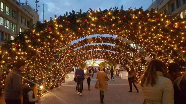 Egyptians celebrate Christmas