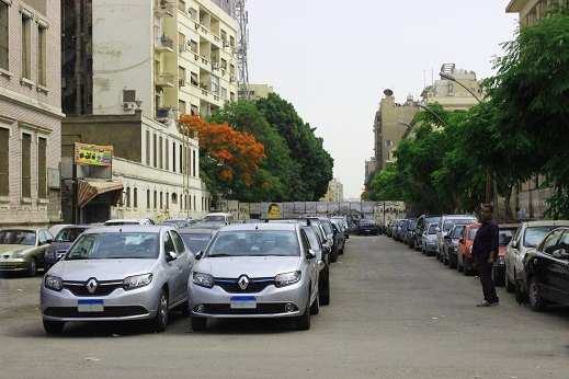 """Car keepers have been hired by police officers as 'informers' long before the 25 January Revolution,"" says traffic expert Major-General Magdy Al-Shahed"
