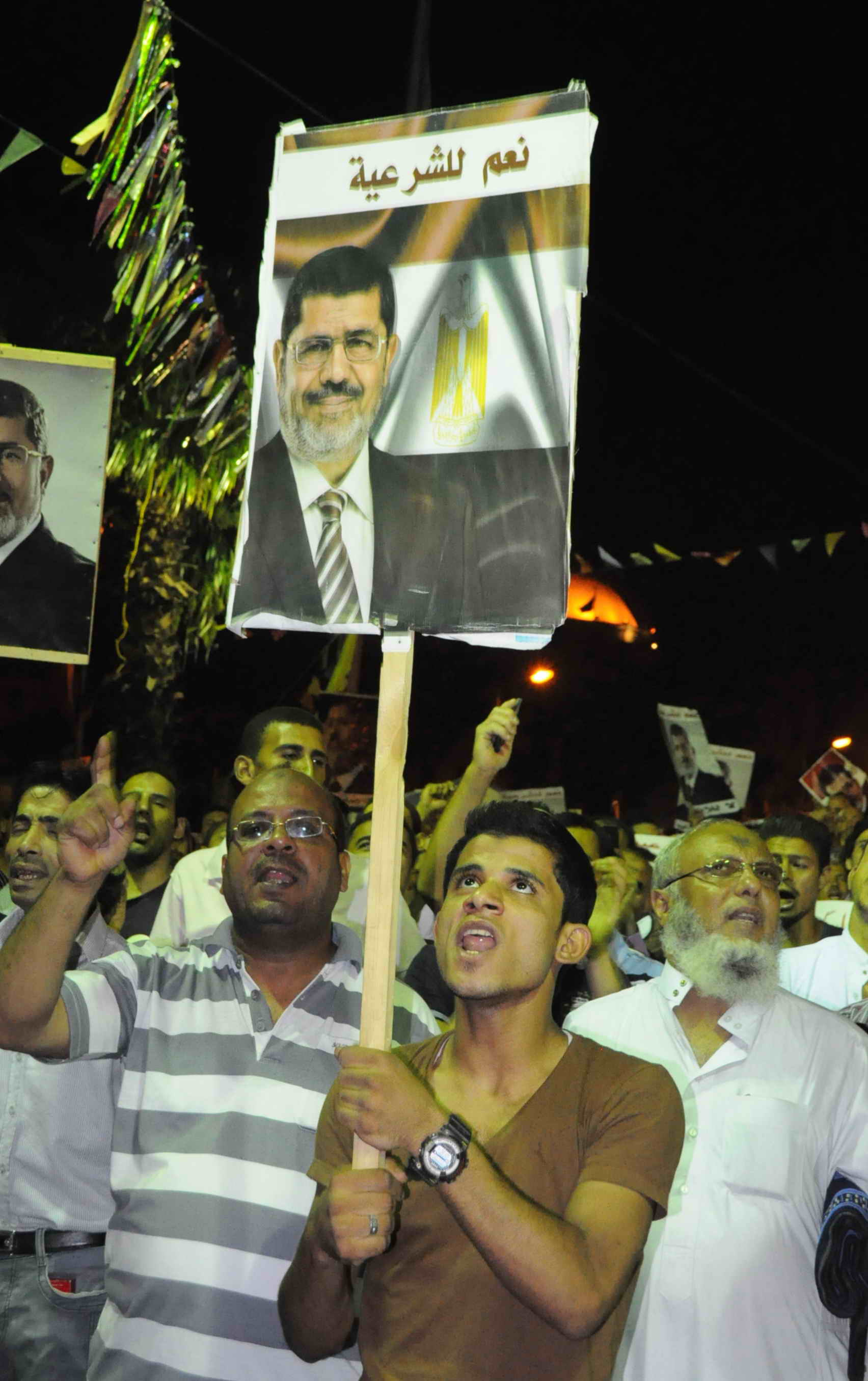 Pro Morsi sit-in at Al Nahda on Wednesday night 31 July 2013 (Photo by Mohamed Omar/DNE)