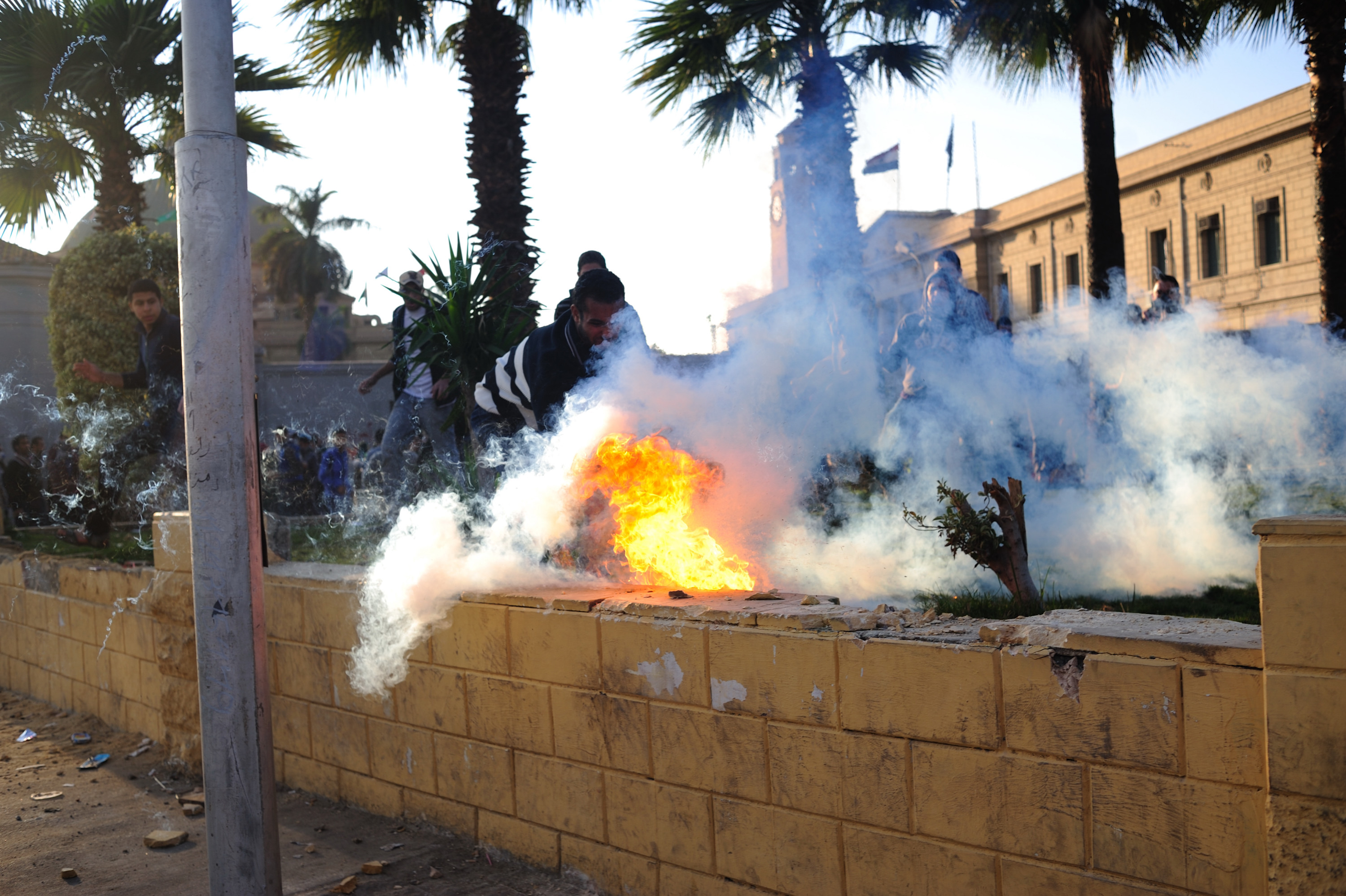 Clashes erupted between Students Against the Coup demonstrators and Central Security Forces on 12 January 2014 (Photo by Ahmed Al-Malky)