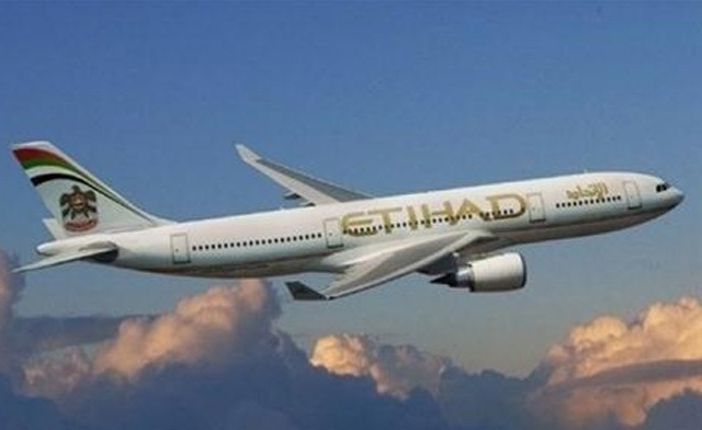 Etihad Airways posted a 48% leap in 2013 profit on Monday and predicted more growth this year, as the fast-expanding Abu Dhabi airline aims to develop its alliance network with a potential investment in Alitalia. (AFP Photo)
