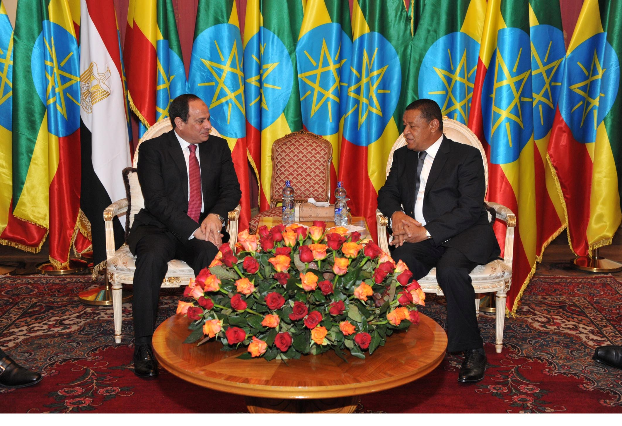 President Abdel Fattah Al-Sisi held talks with Ethiopian President Mulatu Teshome where both agreed on opening a new page in relations based on confidence-building and achieving mutual interest and benefit. (Photo Presidency Handout)