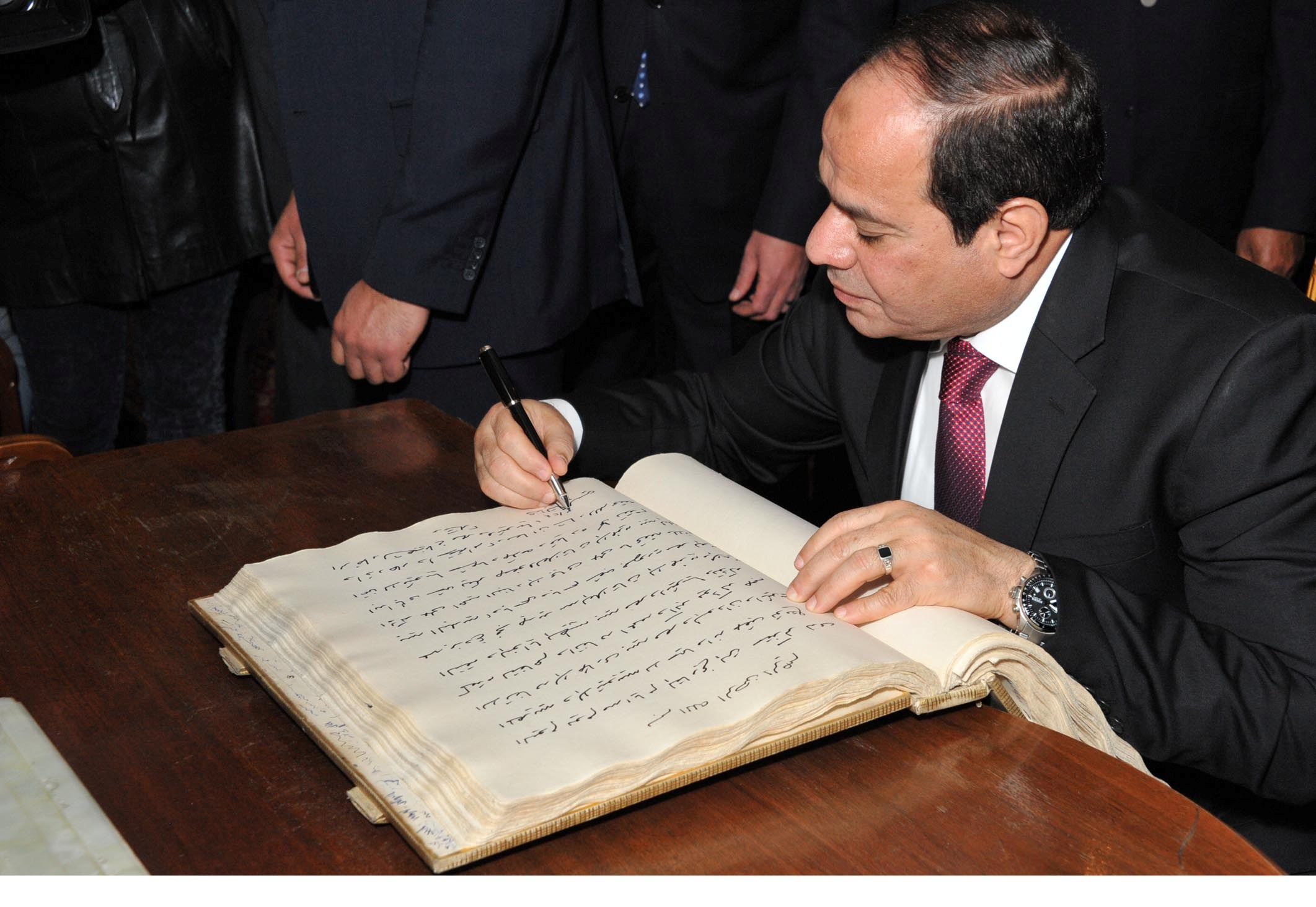President Abdel Fattah Al-Sisi signs the GERD Agreement (Photo Presidency Handout)