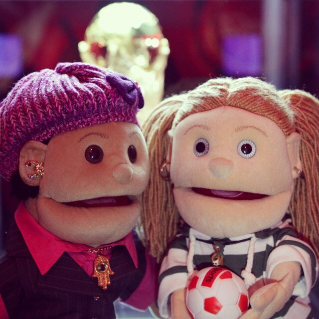 Popular puppet Abla Fahita and her daughter