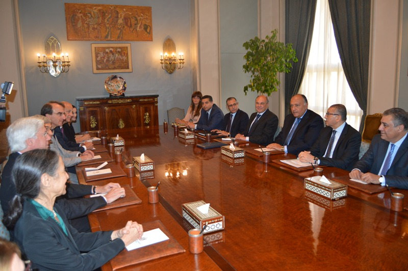 Foreign Minister Sameh Shoukry met Monday a delegation of the American-Jewish Committee, headed by Stanley Bergman, to discuss Egyptian-US relations. (Photo Ministry of Foreign Affairs Handout)
