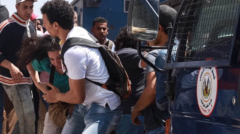 The families of detained protesters were assaulted while waiting outside a Cairo court for a verdict on Tuesday. Twenty-five Red Sea islands protesters were scheduled for an appeal session against an order issued on Monday to renew their detention for 15 days.