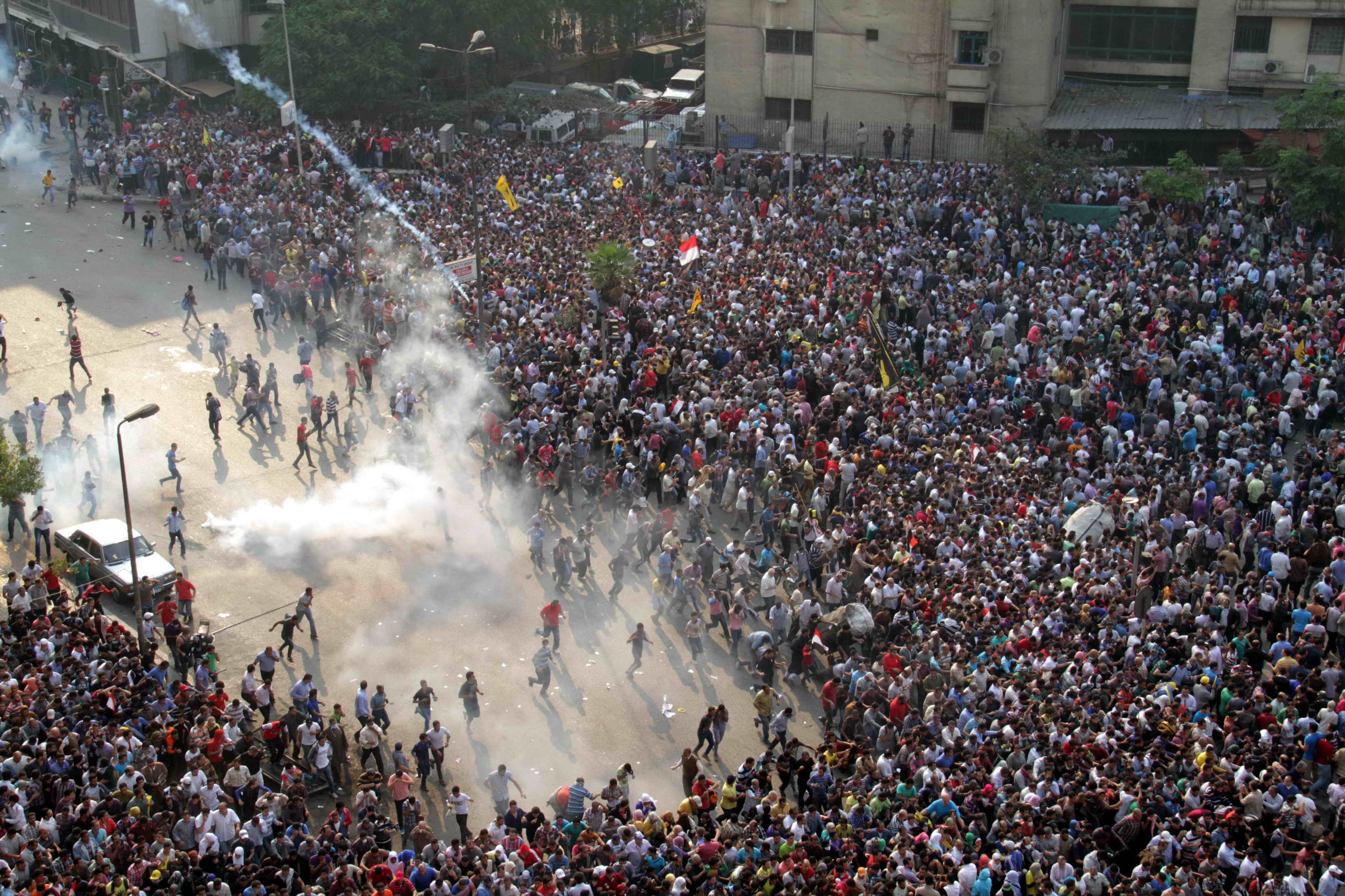 Clashes erupted in Ramses Square between Morsi supporters and security forces (Photo by Mohamed Omar/DNE)