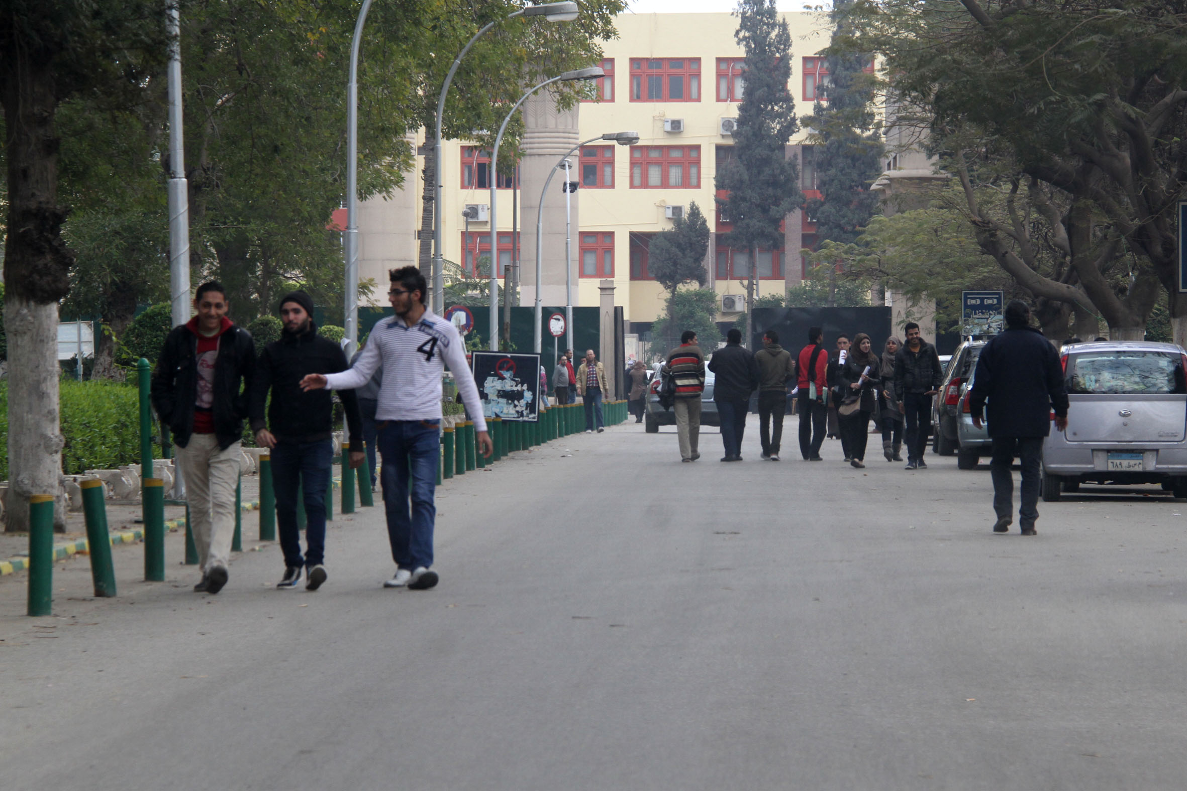 Calm returns to the Ain Shams campus on Tuesday, a day after a student march to the Ministry of Defence ended in violence and arrests. (Photo by Mohamed Omar\ DNE)
