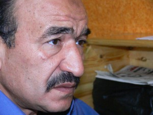 Minister of Manpower Kamal Abu Eita promises to meet striking iron and steel workers demands