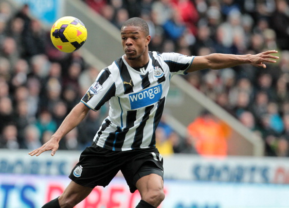 Newcastle United's French striker Loic Remy controls the ball during the English Premier League football match between Newcastle United and Aston Villa at St James' Park in Newcastle, northeast England on February 23, 2014. Remy scored the only goal as Newcastle won the game 1-0. AFP PHOTO / LINDSEY PARNABY RESTRICTED TO EDITORIAL USE. No use with unauthorized audio, video, data, fixture lists, club/league logos or live services. Online in-match use limited to 45 images, no video emulation. No use in betting, games or single club/league/player publications.         (LINDSEY PARNABY/AFP/Getty Images)