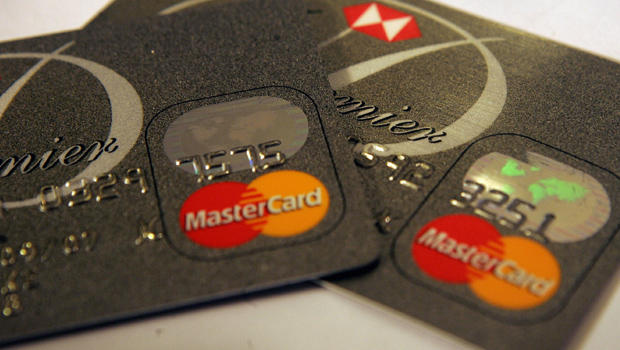 A survey conducted by the Mastercard Worldwide Insights index between July and August 2014 has found Egyptian consumers to be very optimistic. (AFP Photo)