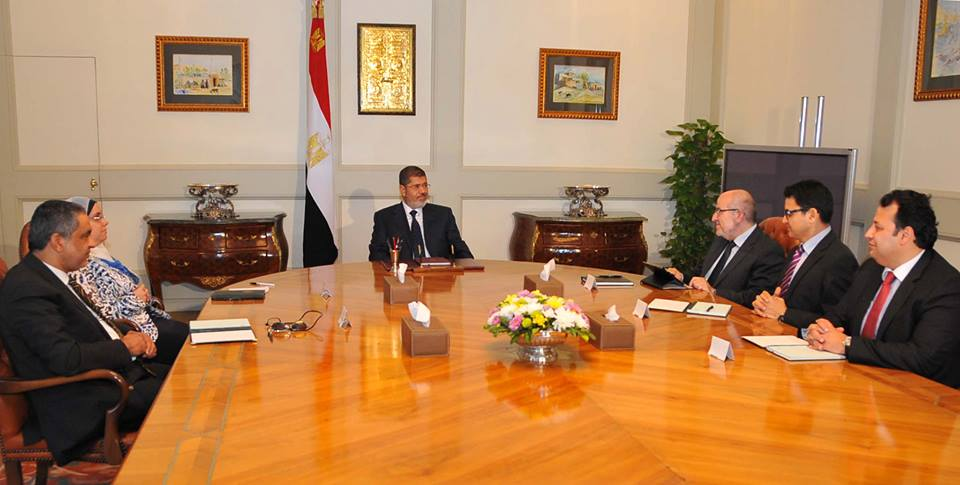 President Mohamed Morsi met a delegation from Al-Wasat Party on Monday to discuss a national initiative released by the party. (Photo Presidency Handout)