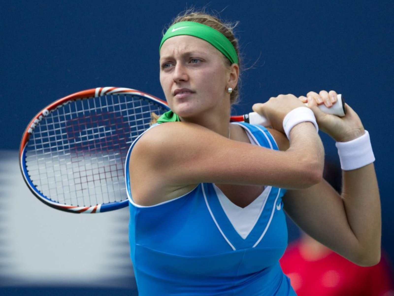 Czech player Petra Kvitova (ranked no 4) won the women's singles after defeating her compatriot K. Pliskova (ranked no 22) with scores of 7-6, 7-6.